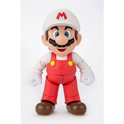 S.H. Figuarts Action Figure Fire Mario